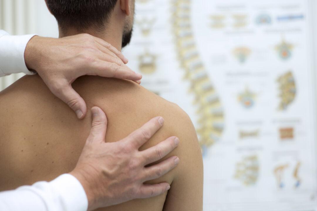 Vertikal-Helse-behandling-rygg